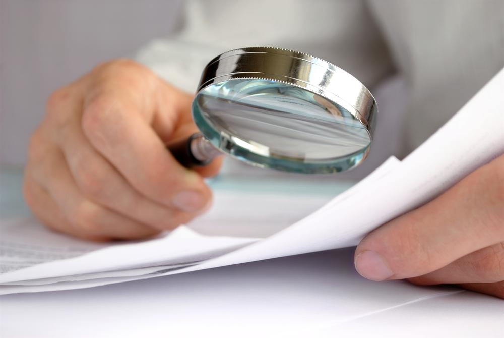 Man onderzoekt belastingfraude met giftenaftrek