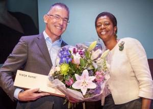 Theo Cornelissen ontvangt prijs ombudsman