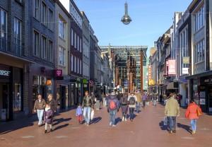Winkelend publiek in Eindhoven